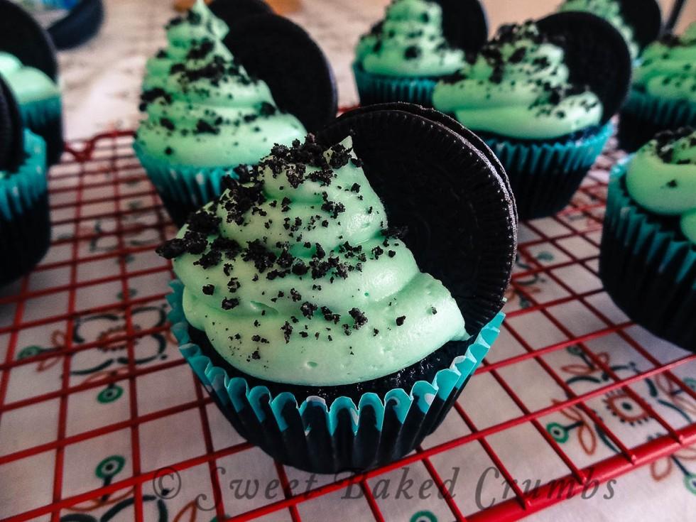Oreo Chocolate Mint Cupcakes